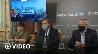 Cafiero firmó convenios con municipios para incorporar nueva tecnología administrativa