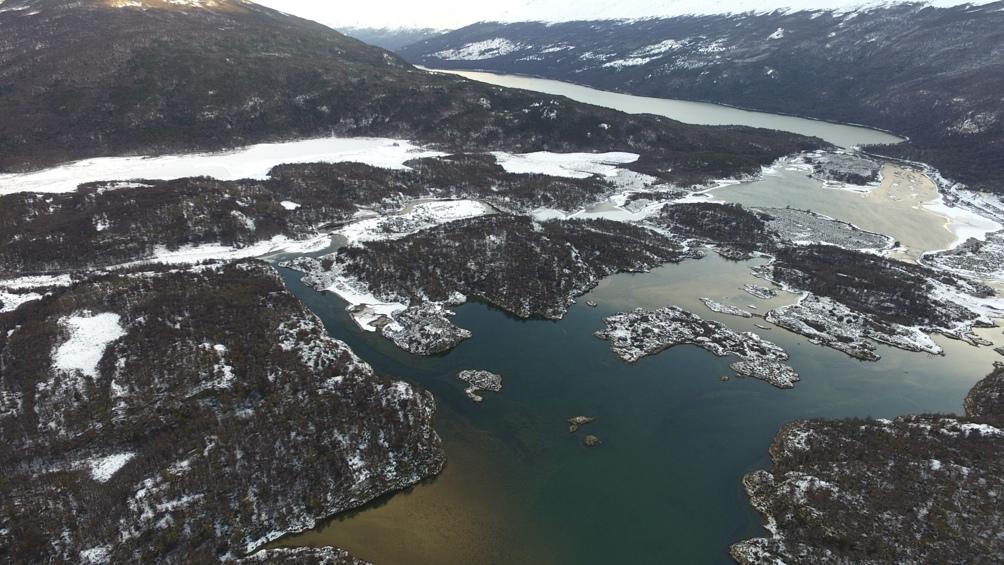El trekking a la Laguna Negra tiene la recompensa de este paisaje.