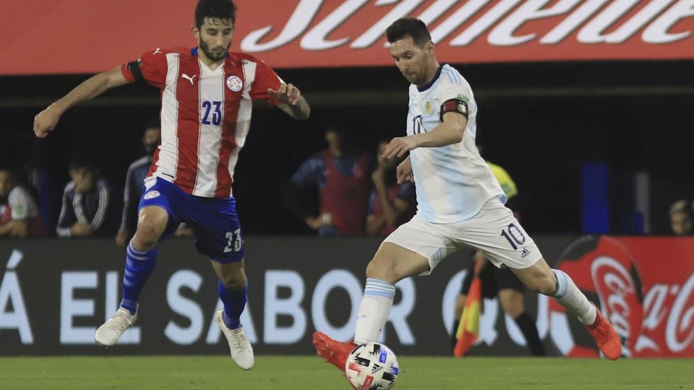 Miguel Almirón, una de las figuras de Paraguay ante Argentina, estará ausente frente a Bolivia.