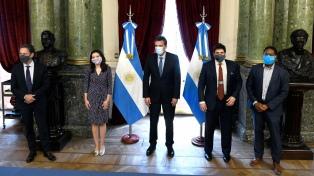 La misión del FMI se reunió con Guzmán, Pesce y Massa