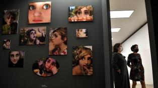 """La muestra """"Crear Mundos"""" recupera la mirada de las mujeres en la reapertura del Proa"""