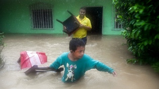 Aún golpeada por el huracán Eta, Centroamérica está amenazada por la tormenta Lota