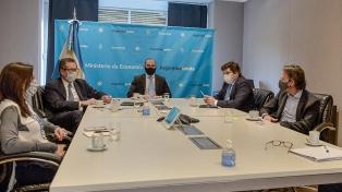 El FMI dijo que continuará el diálogo con Argentina para acordar programa de facilidades extendidas