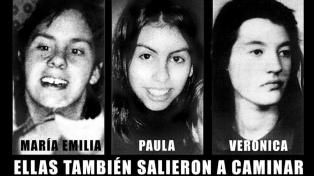 A 23 años del triple femicidio impune, familiares de las víctimas empapelaron Cipolletti