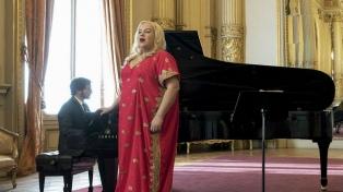 El Colón celebra la Semana del Orgullo con concierto de la soprano trans De Lima