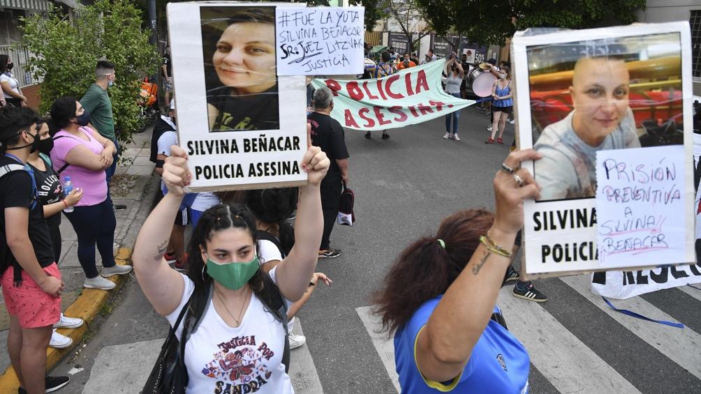 Los familiares y amigos de Sandra Constante reclamaron este martes Justicia.