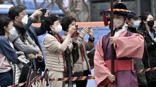 Corea del Sur cierra más escuelas en su punto más crítico de la pandemia