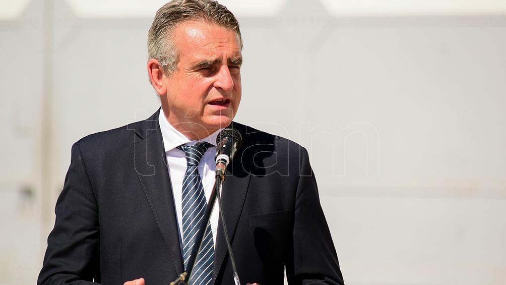El ministro de Defensa sostuvo que se va a investigar la cadena de responsabilidades en torno a lo que sucedió con el ARA San Juan.