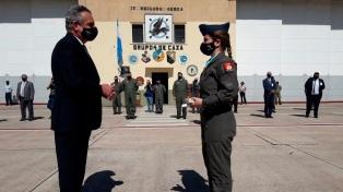 Egresó la primera mujer piloto de combate de Argentina