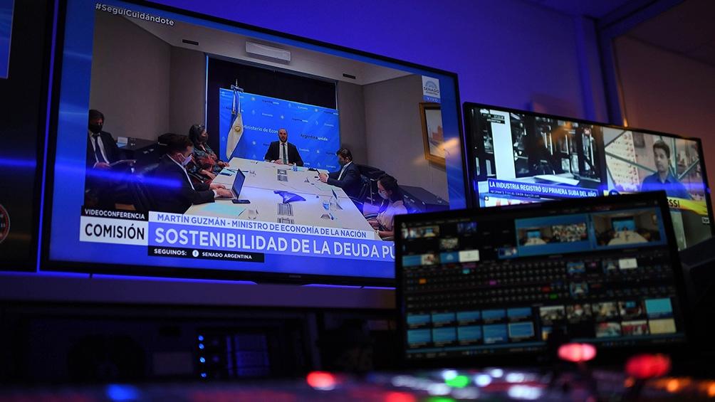 El oficialismo anunció que modificará el proyecto original para agregarle un artículo para prohibir que la adquisición de deuda en moneda extranjera se utilice para gastos corrientes.