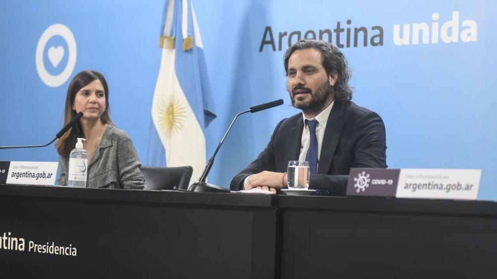 El jefe de gabinete anunció el incremento junto a Fernanda Raverta.