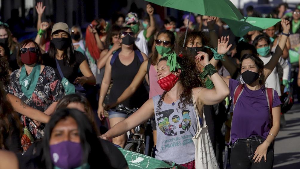 EN Río Negro se congregaron grupos en Viedma que se replicaron en otros puntos de la provincia, como es el caso de General Roca y Bariloche.