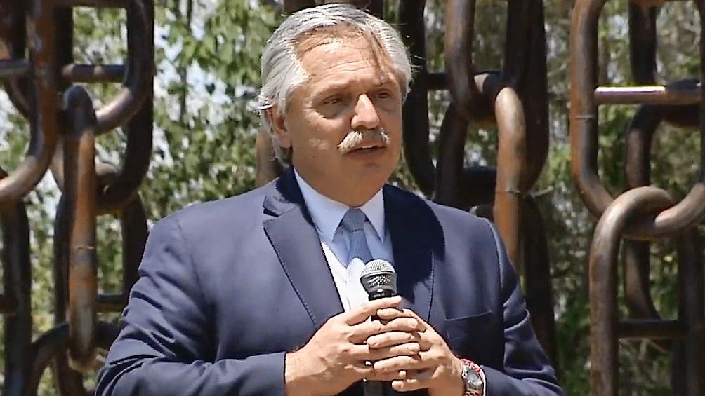 Fernández encabezó el acto en San Pedro.