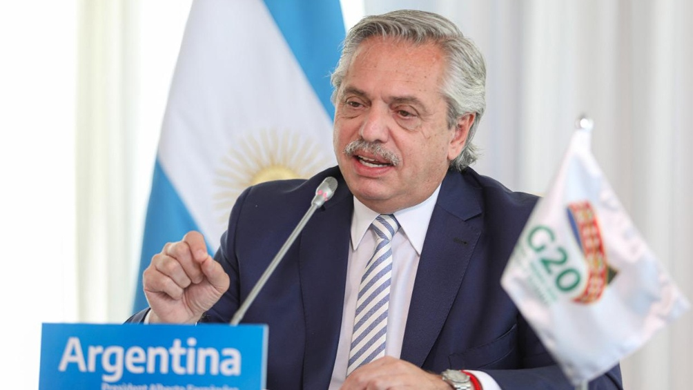 """Fernández dijo que la Argentina """"puntualmente ha trabajado absolutamente con todos los oferentes de la vacuna""""."""
