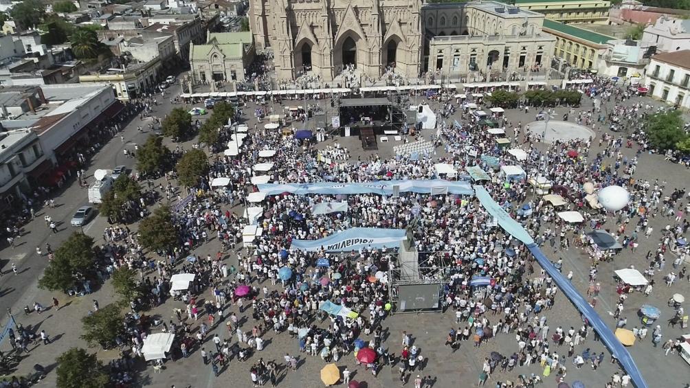 """Será una marcha """"del pueblo que reclama por la base de todos los derechos humanos, que es la vida"""", dijo Laxague."""