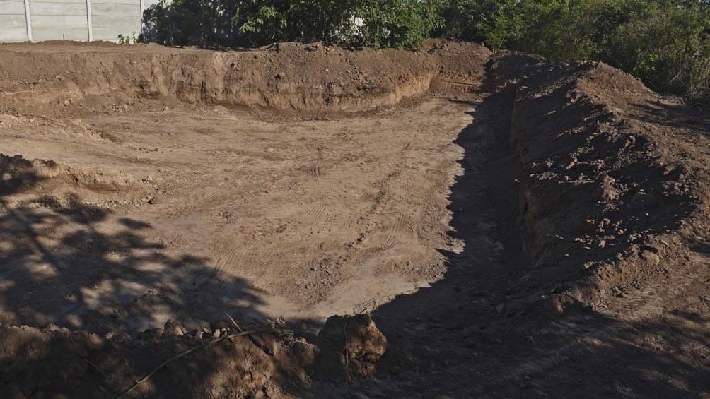 El lago artificial que se construye tendrá un metro y medio de profundidad, y unos 30 metros de largo.