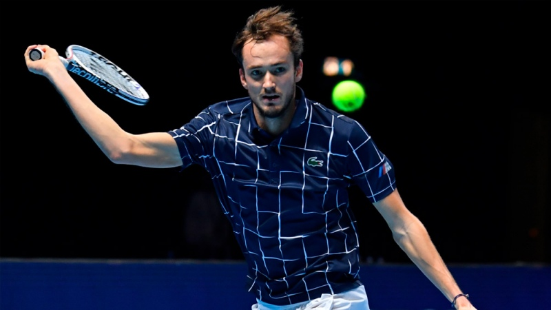 Medvedev dio positivo por coronavirus y no jugará en Montecarlo