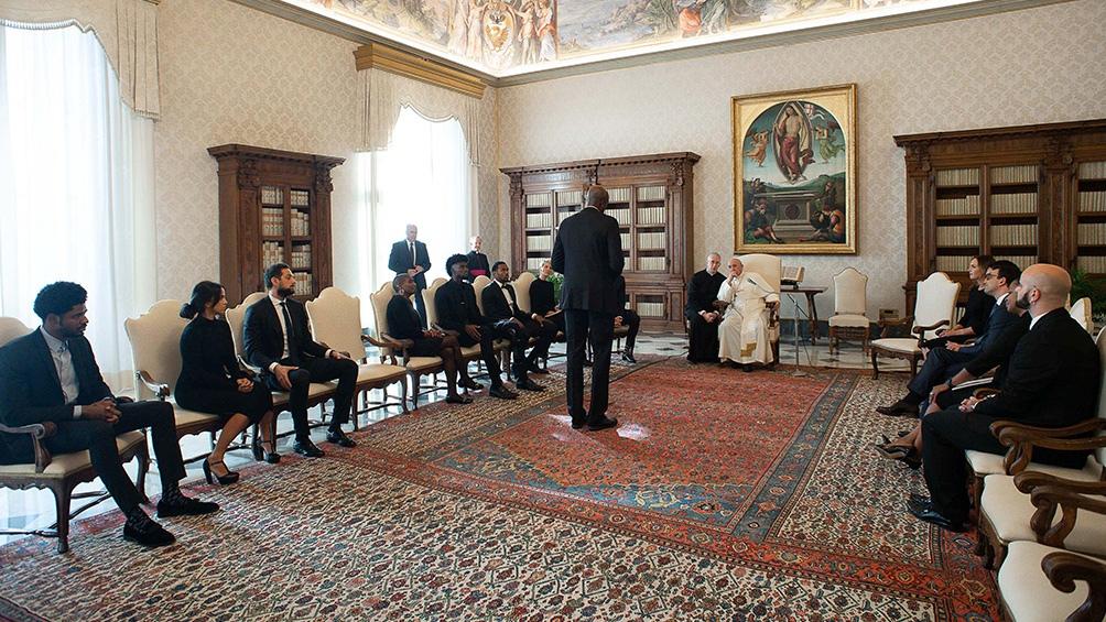"""""""Es importante que sigan llevando la belleza al deporte, pero sin dejar de mirar la lucha por el bien común"""", dijo el Papa."""