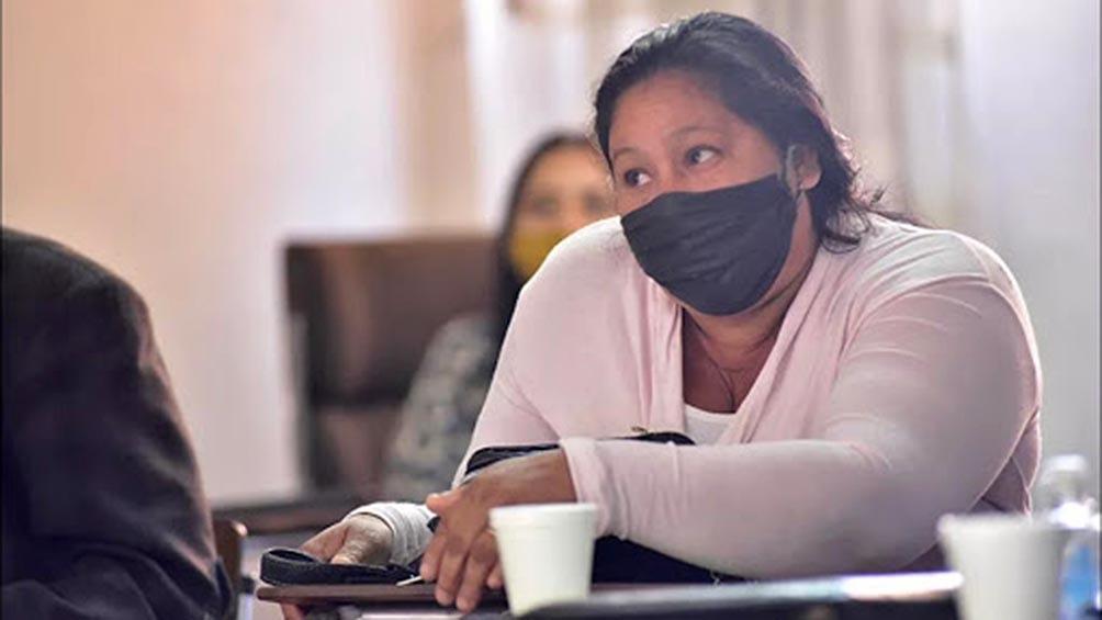 """Según explicaron los abogados de Ovando, con la detención de la mujer diez personas, entre sus hijos y nietos, quedaron """"desamparados"""" viviendo solos en su casa de Eldorado."""