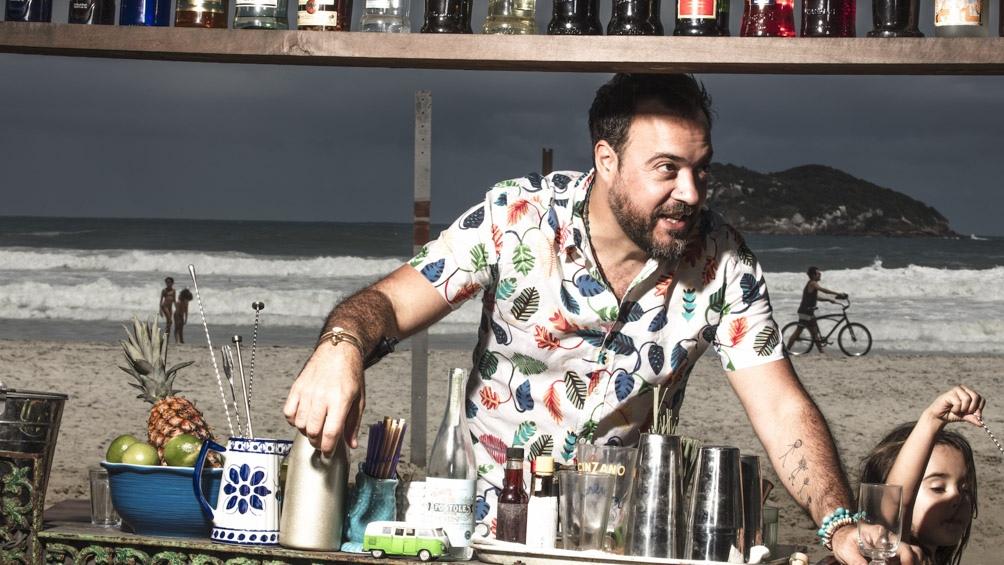 Tato, en el bar que tenía en la playa de Barra de Tijuca.