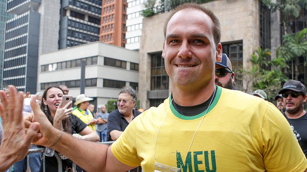 "China advirtió a Brasil de ""consecuencias negativas"" por los dichos de Eduardo Bolsonaro"