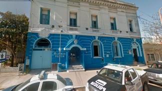 La Comisaría de la Mujer y la Familia de Bahía Blanca, donde los niños fueron abandonados.