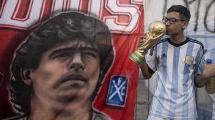 Buscan instituir la fecha de nacimiento de Maradona como Día Nacional del Fútbol