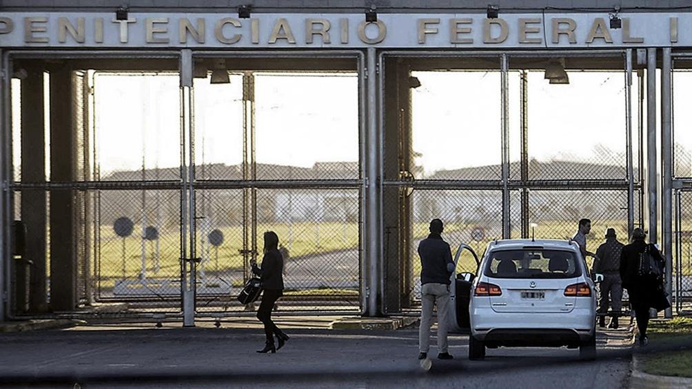 La AFI grabó ilegalmente conversaciones entre abogados y clientes en el penal de Ezeiza.