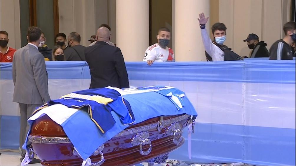 El servicio fúnebre de la mayor figura de la historia del fútbol mundial se realizó en la Casa Rosada.