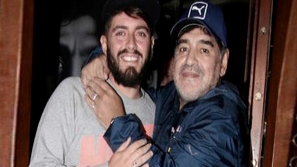 El hijo italiano de Maradona lo despidió en redes sociales