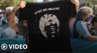 Diego, prenda de unidad: todas las camisetas y las banderas de su despedida