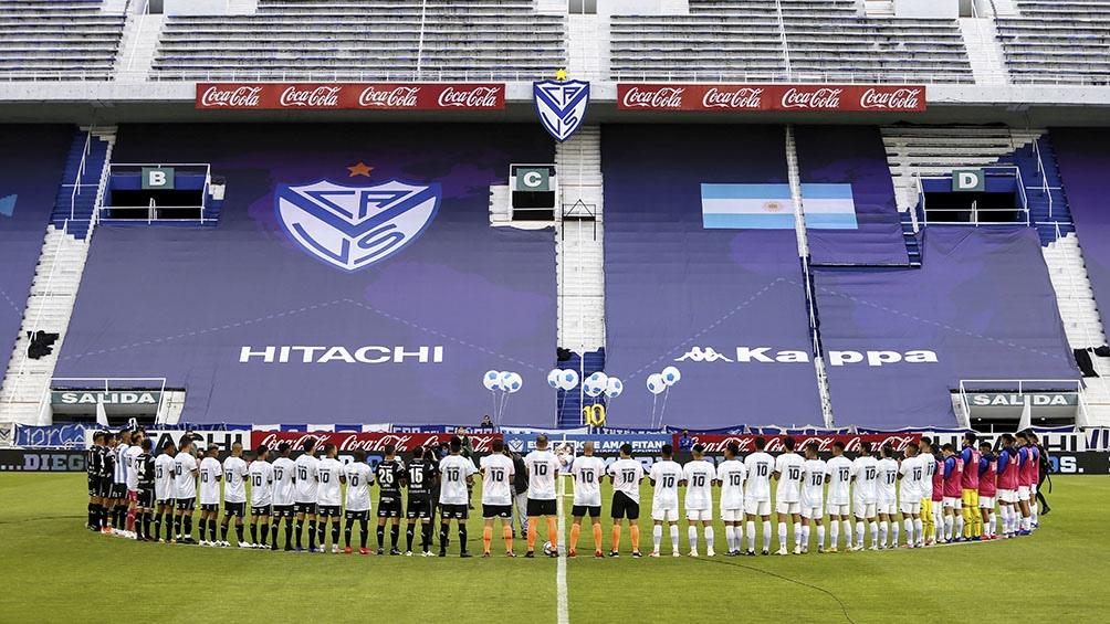 La postal del fútbol argentino con el público desde sus casas
