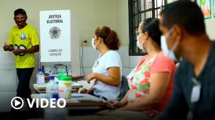 Cerraron los centros de votación del balotaje de las municipales brasileñas