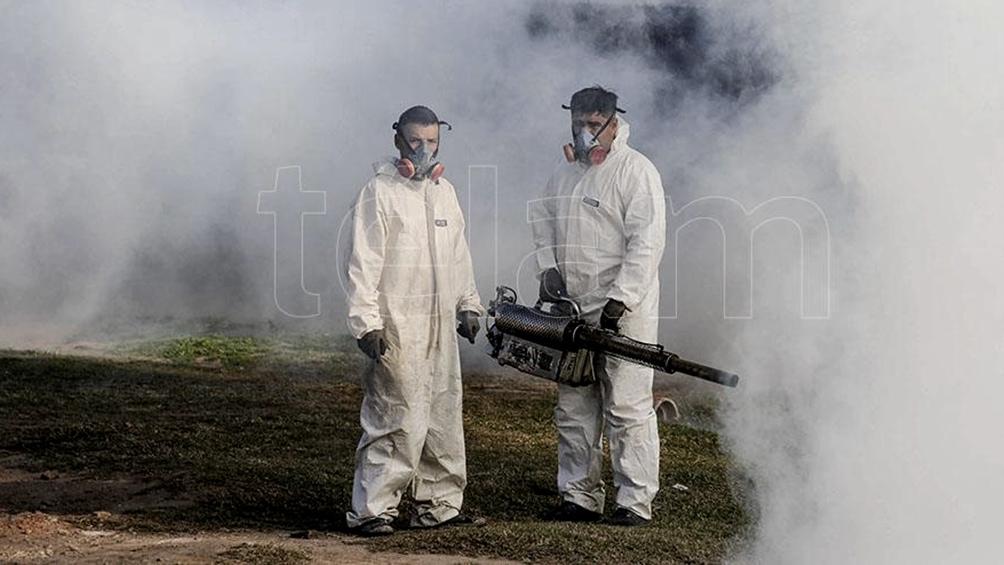 """García criticó a los municipios que usan plaguicidas sin medir las consecuencias: """"Matan todo tipo de insecto, y los que quedan desarrollan resistencia a esos químicos""""."""