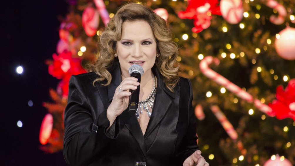 Lucía Galán, la voz femenina de Pimpinela.