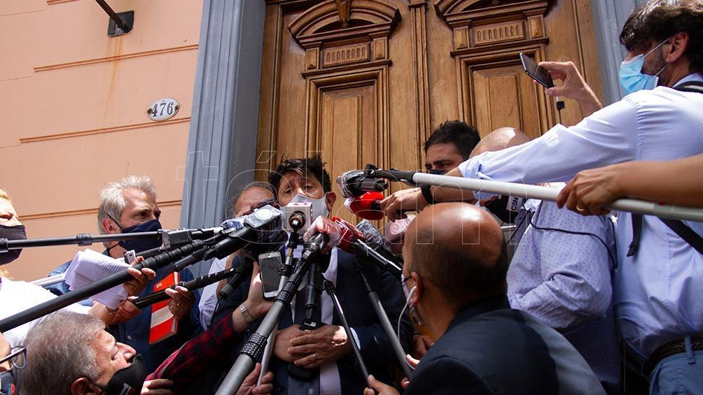 A través de su abogado Rodolfo Baqué, solicitó al juez de Garantías 2 de San Isidro, Orlando Díaz, que rechace el pedido formulado por los fiscales para que se le prohíba la salida del país.