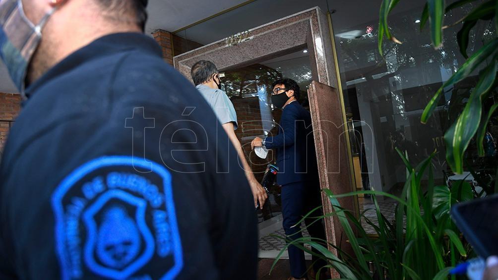 Allanamiento realizado en la casa de la psiquiatra que atendía a Diego Maradona. (Foto de archivo)
