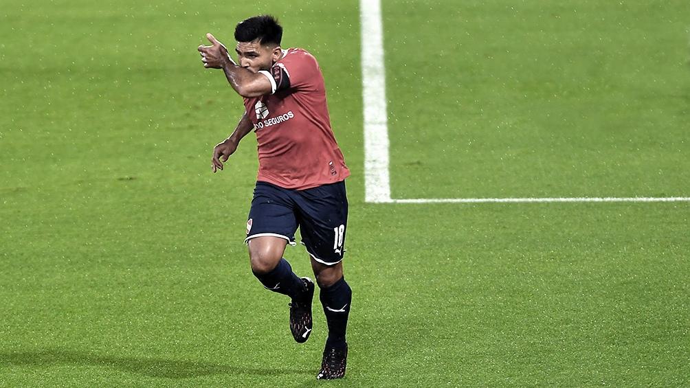 Silvio Romero, la potencia goleadora del Rojo para un partido clave.