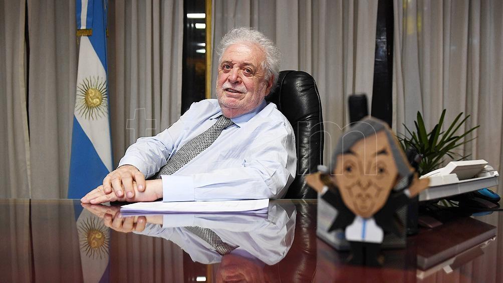 """""""Hemos logrado tener asegurada una cantidad importante de vacunas"""" precisó asimismo González García."""