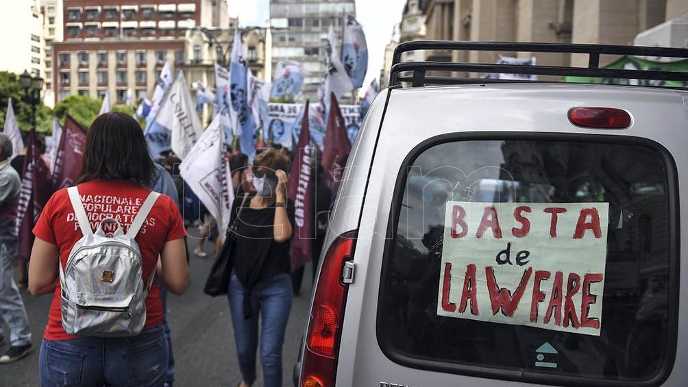 """La carta de apoyo a Boudou, titulada """"Con Lawfare no hay democracia"""", lleva la firma de importantes dirigentes de todo el país."""