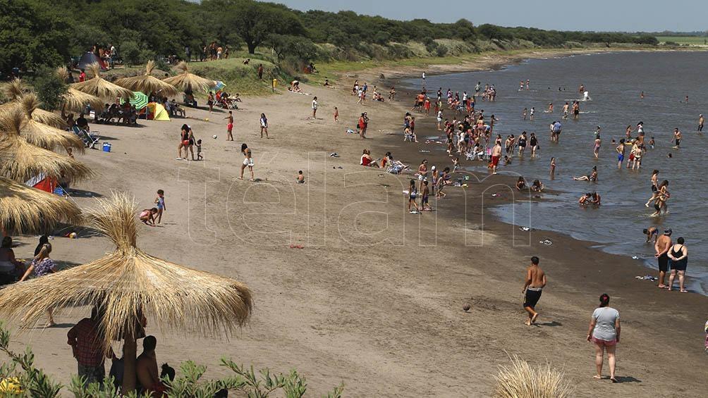 """El balneario """"Ojo de Agua"""" está ubicado a 3 mil metros al oeste de la localidad pampeana de Uriburu."""