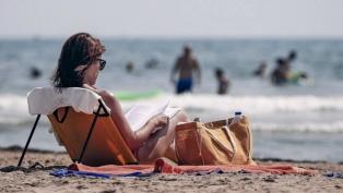 Miles de viajeros llegan a la Costa en el primer fin de semana turístico en pandemia