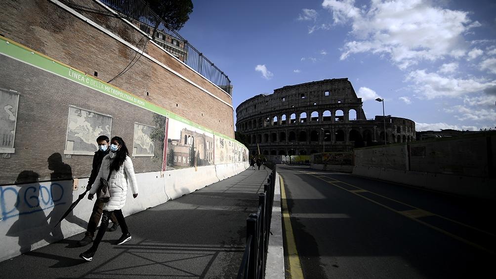 Italia advierte que mantendrá