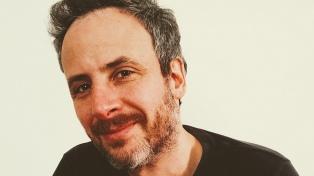 """Nicolás Schuff: """"La escritura puede ser un laboratorio para ensayar posturas, probarse voces, disfraces"""""""