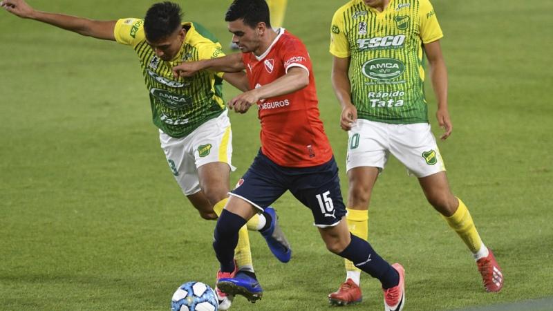 Independiente sumó 12 partidos invicto al superar a Defensa y Justicia