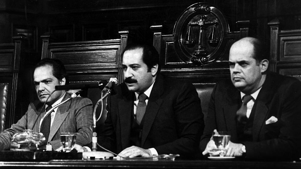 En el banquillo de los acusados estuvieron integrantes de las Juntas militares que gobernaron entre marzo de 1976 y junio de 1982.