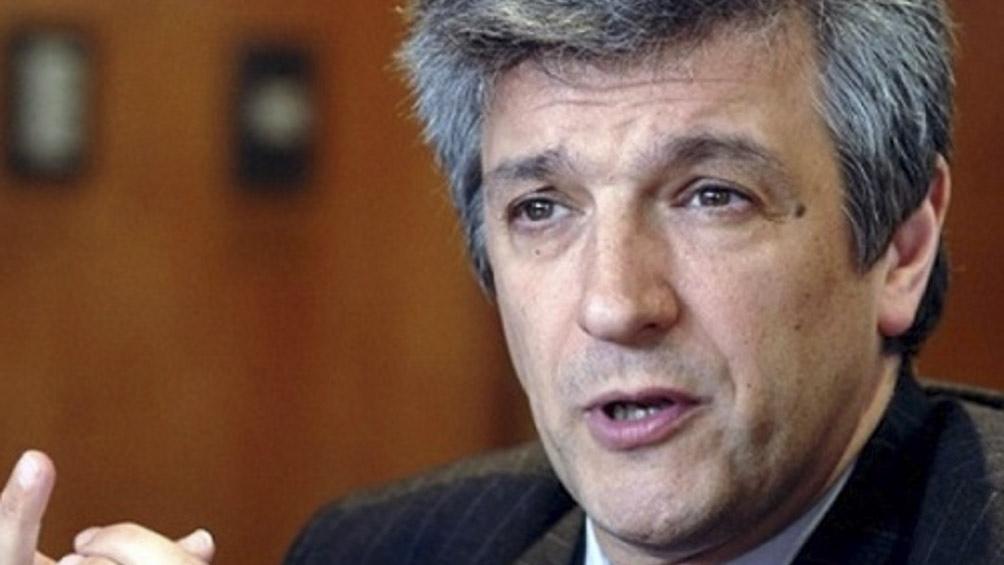 """""""Las compañías pueden competir entre si y pueden ofrecer otros servicios y mejores precios"""", explicó López."""
