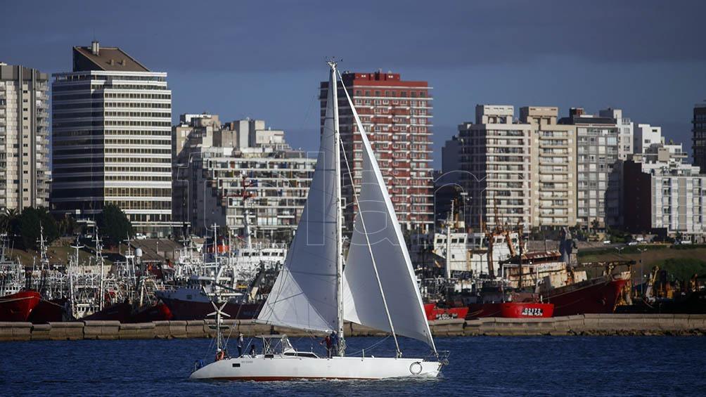 Esta aventura a bordo del yate a vela y motor Caoba comenzó el pasado 28 de noviembre.