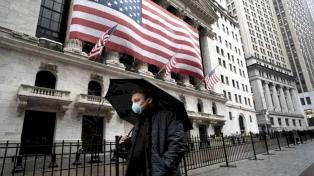 La gestión de la pandemia, el problema más urgente de Biden