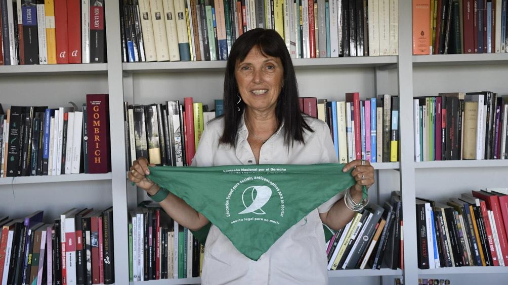 """En el libro """"Tuya"""" la escritora Claudia Piñeiro aborda el tema."""
